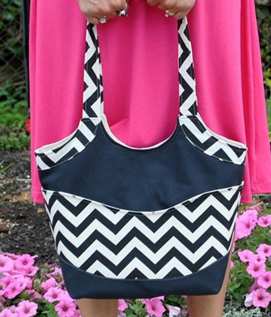 Betz White Small Smile and Wave Tote by AngieF2