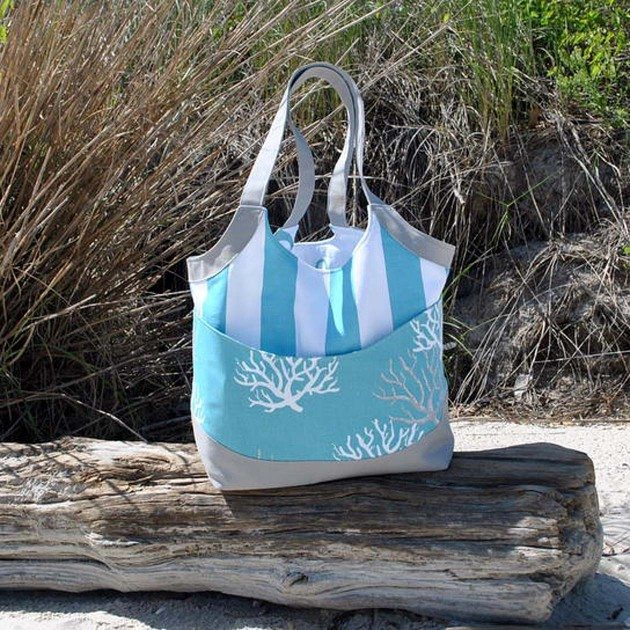 Betz White Smile and Wave Tote by Angie F