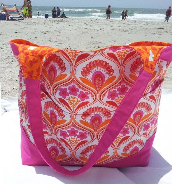 Betz White Smile and Wave Tote by Jen W