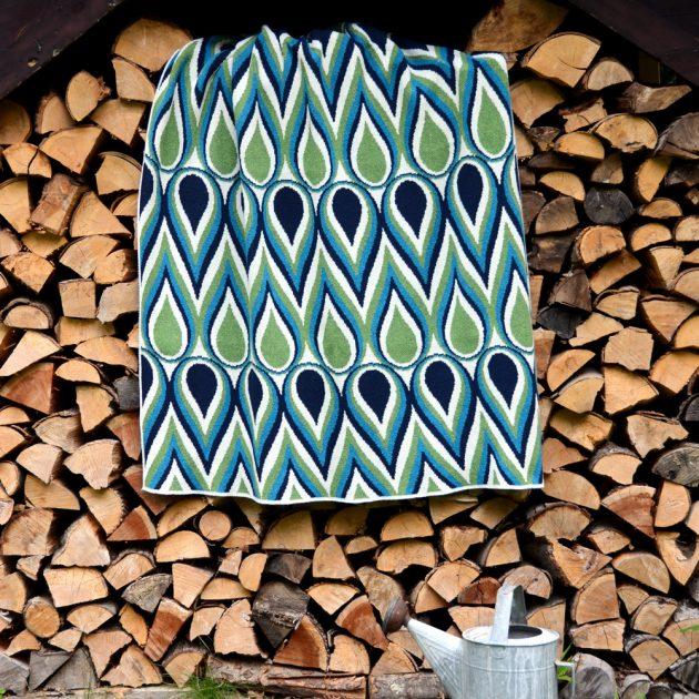 Betz White Studio Knits Eco Throw Paintdrop