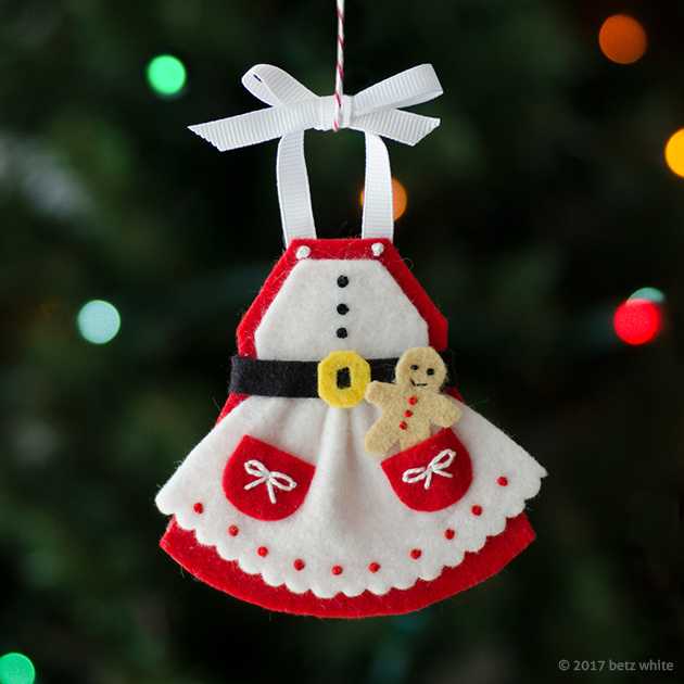 Betz-White-MrsC-Apron-Ornament copy