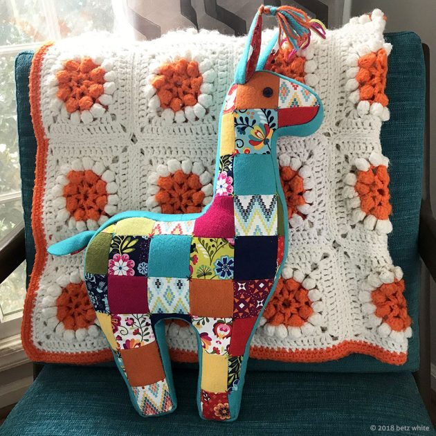 patchwork llama pillow pattern by betz white