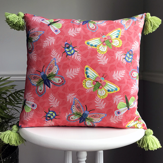 Entomologie Pillow Betz White