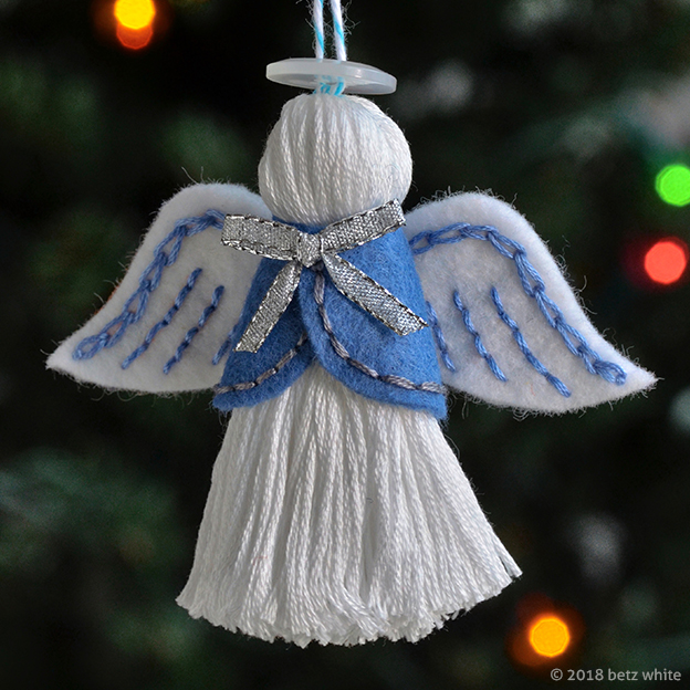 Betz White Angel Ornament Pattern
