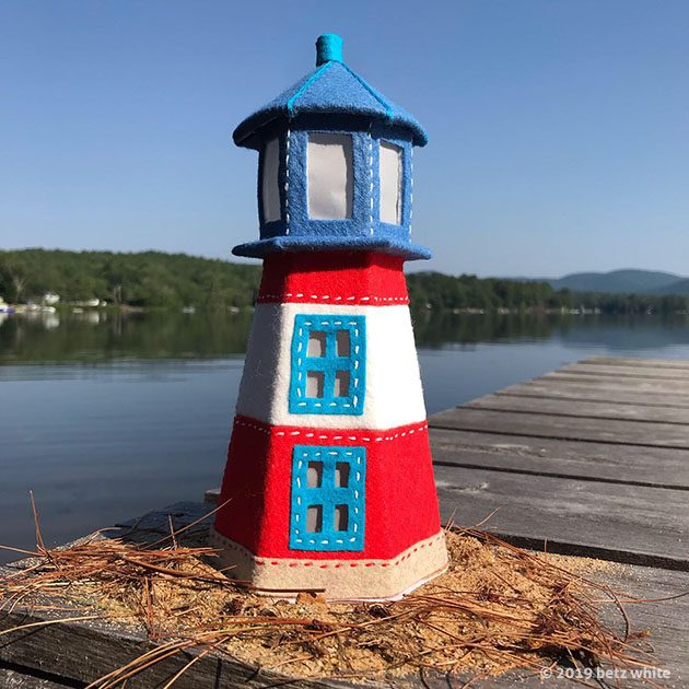 lighthouse-dock betz white