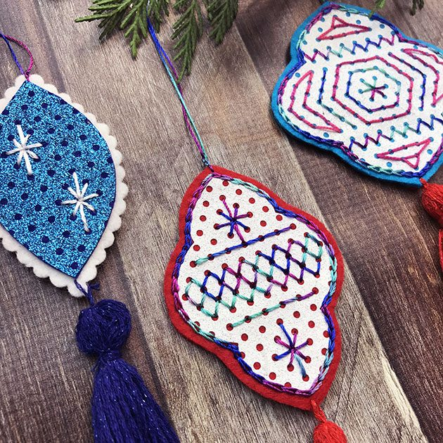 Stitched Glitter Felt Ornament Tutorial by Betz White