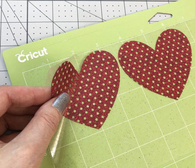 cricut-peel-hearts