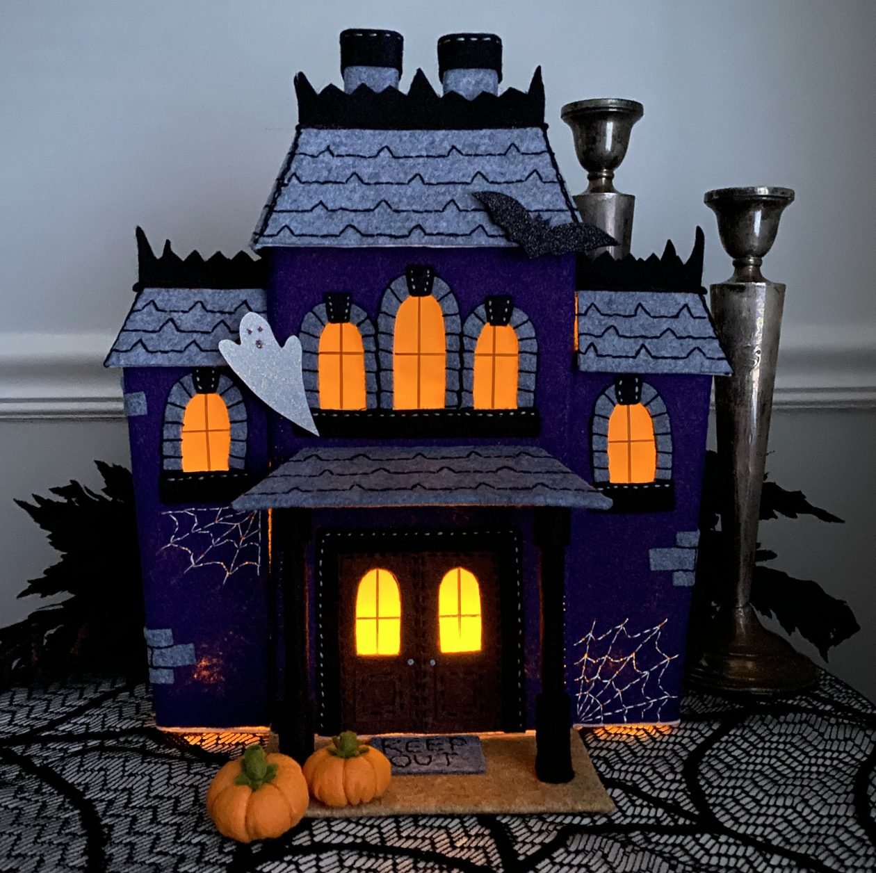 Spookyville Mansion Class by Betz White