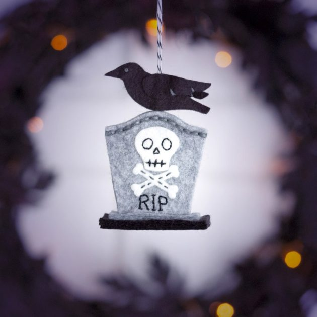 spooky tombstone-ornament