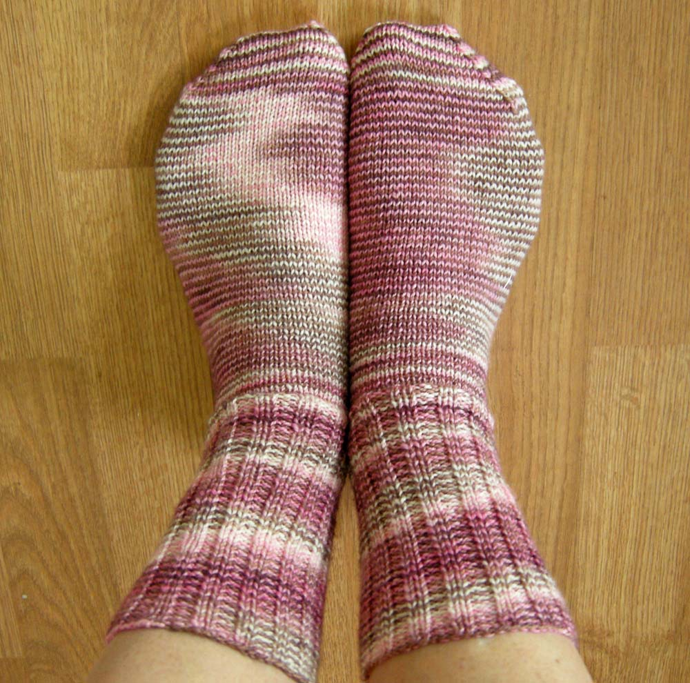 Sock it to me betz white ive been on a sock kick lately after marginal success with prior sock knitting attempts my buddy susan anderson posted her basic sock pattern recently bankloansurffo Gallery